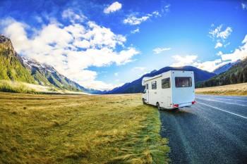 uitzicht-bergen-camper-nieuw-zeeland